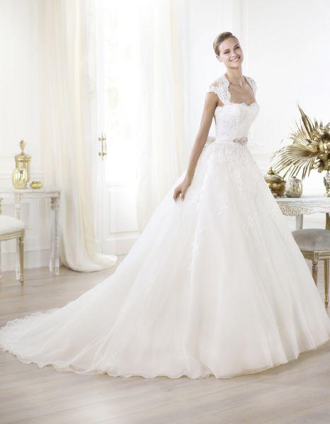 godere di un prezzo economico ordinare on-line goditi la spedizione gratuita Cool italia dress: Abiti da sposa carlo pignatelli 2013 prezzi