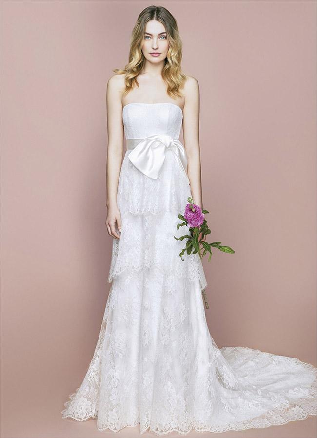 Molte spose preferiscono quello con spalle scoperte 90854ce3a28