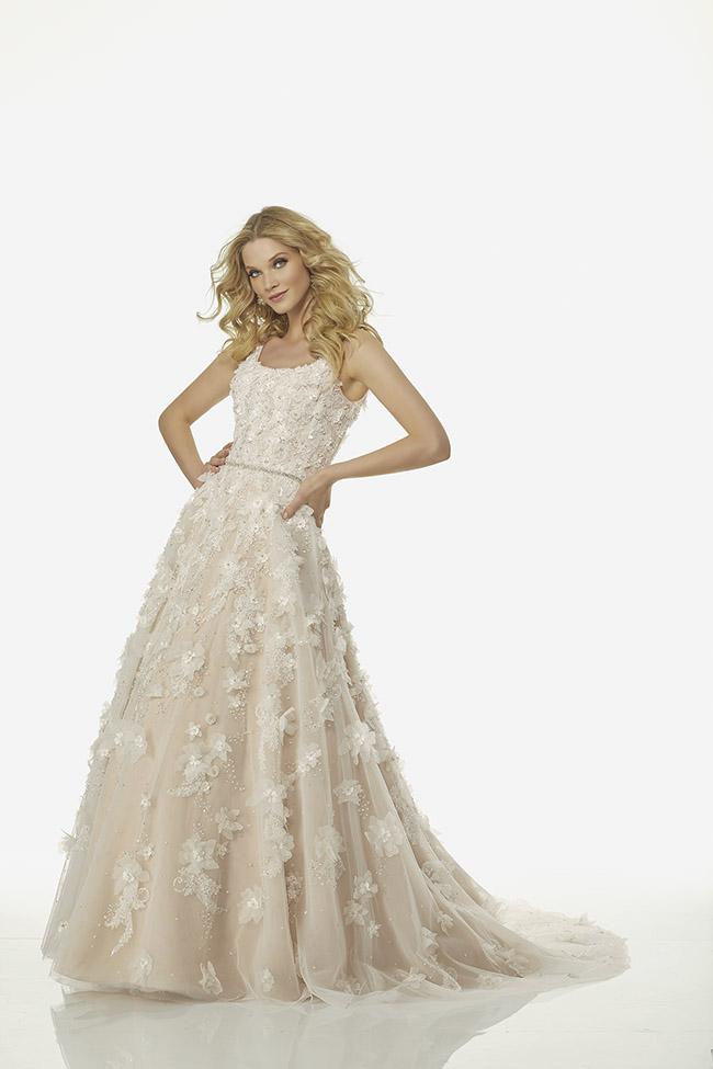 5a08e586441d L abito bianco è quindi l intramontabile